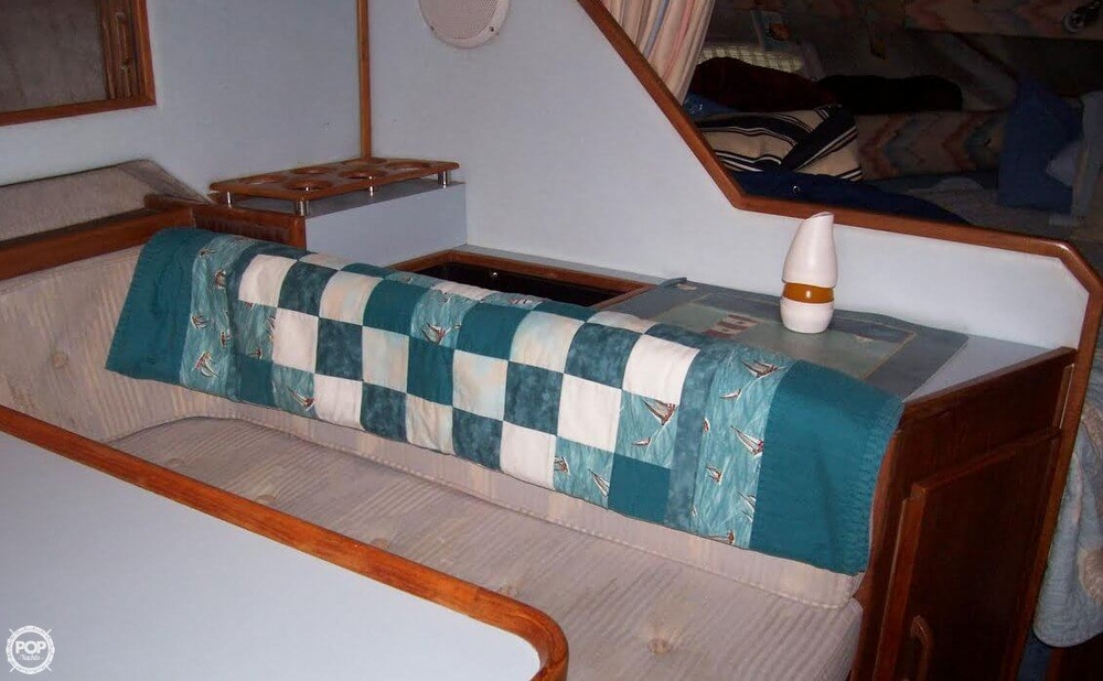 1987 Sea Ray 300 Weekender - Photo #14