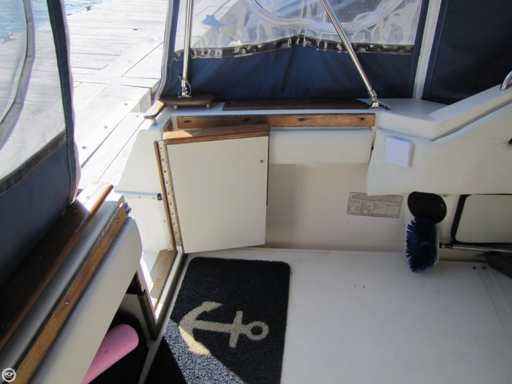 1987 Sea Ray 300 Weekender - Photo #32