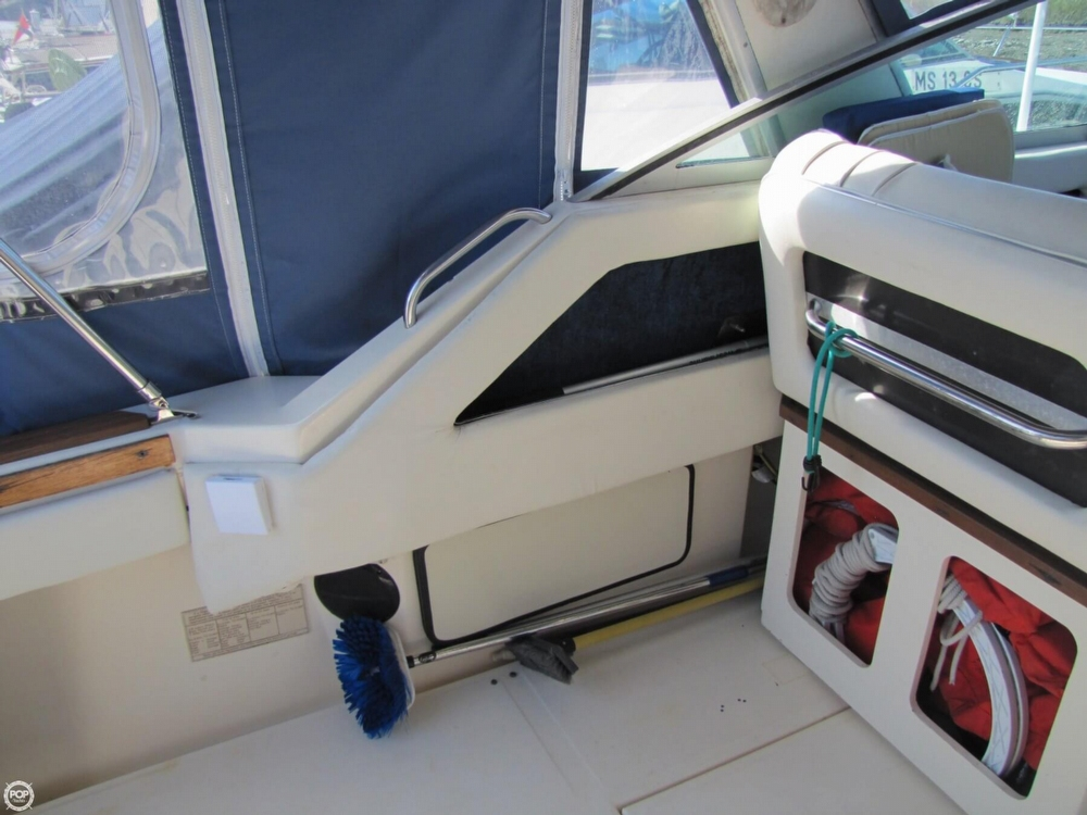 1987 Sea Ray 300 Weekender - Photo #33