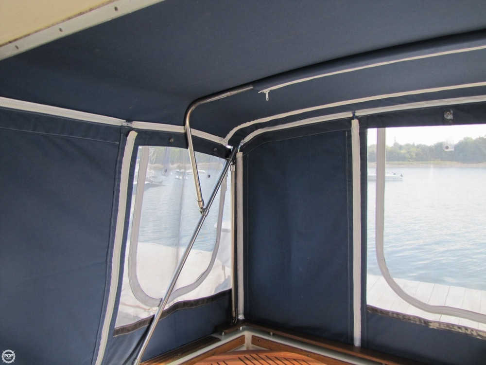 1987 Sea Ray 300 Weekender - Photo #37