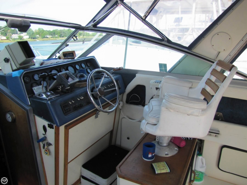 1987 Sea Ray 300 Weekender - Photo #39