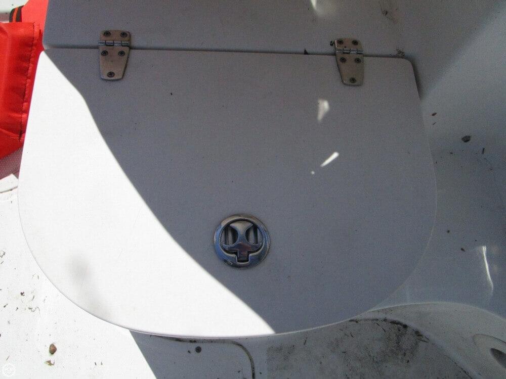 2005 Boston Whaler 205 Eastport - Photo #15