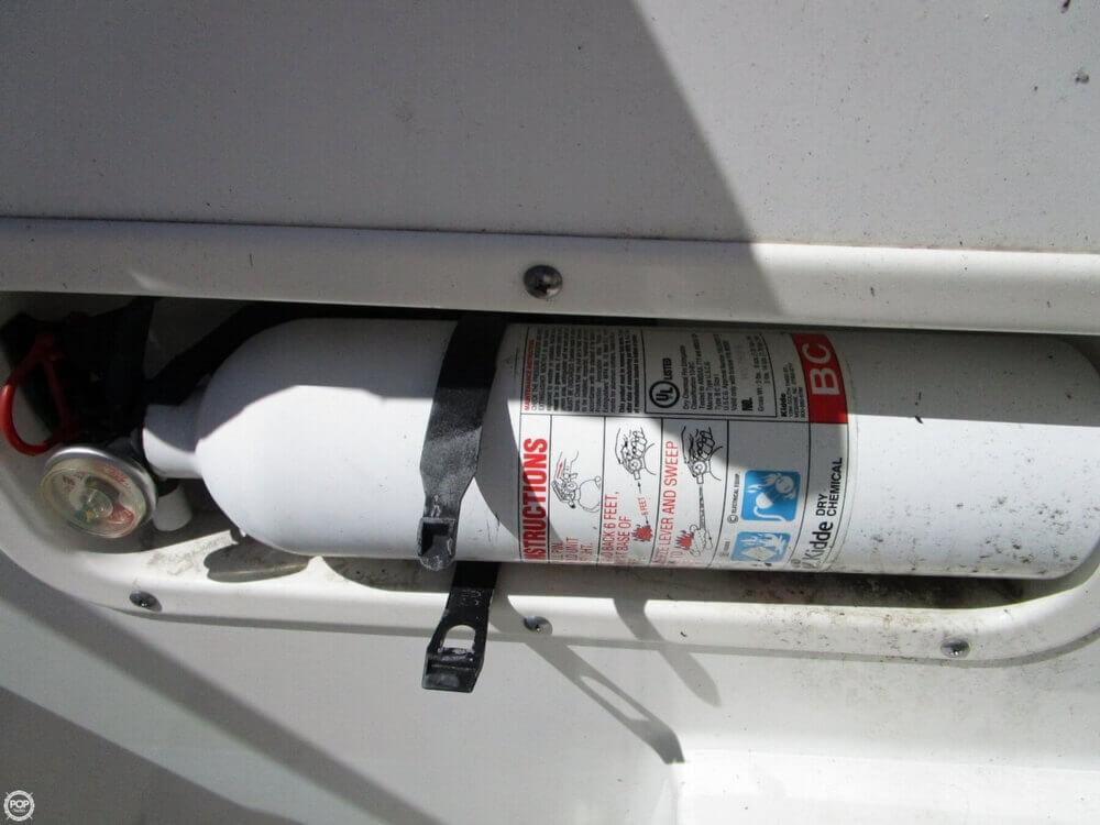 2005 Boston Whaler 205 Eastport - Photo #24