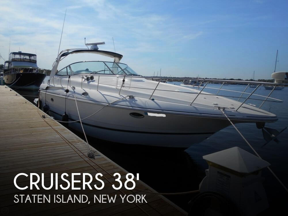 1999 Cruisers Yachts 3870 Esprit