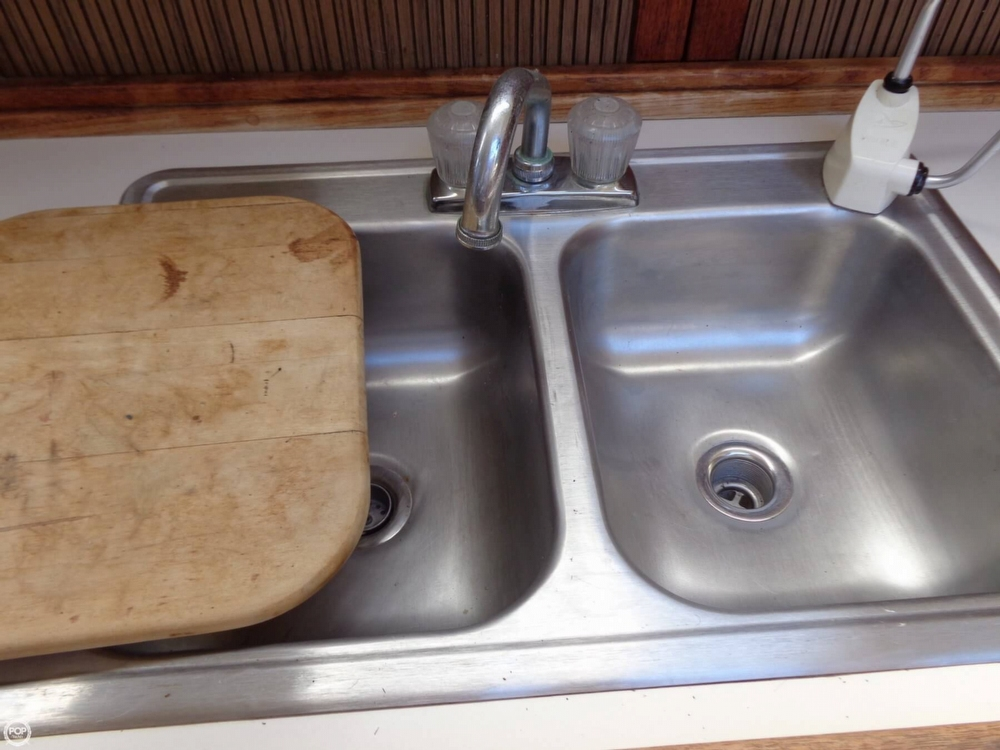 2 Bowl Stainless Steel Sink/ Cutting Board