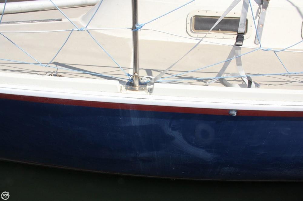 1974 Cal Yachts 30 - Photo #7