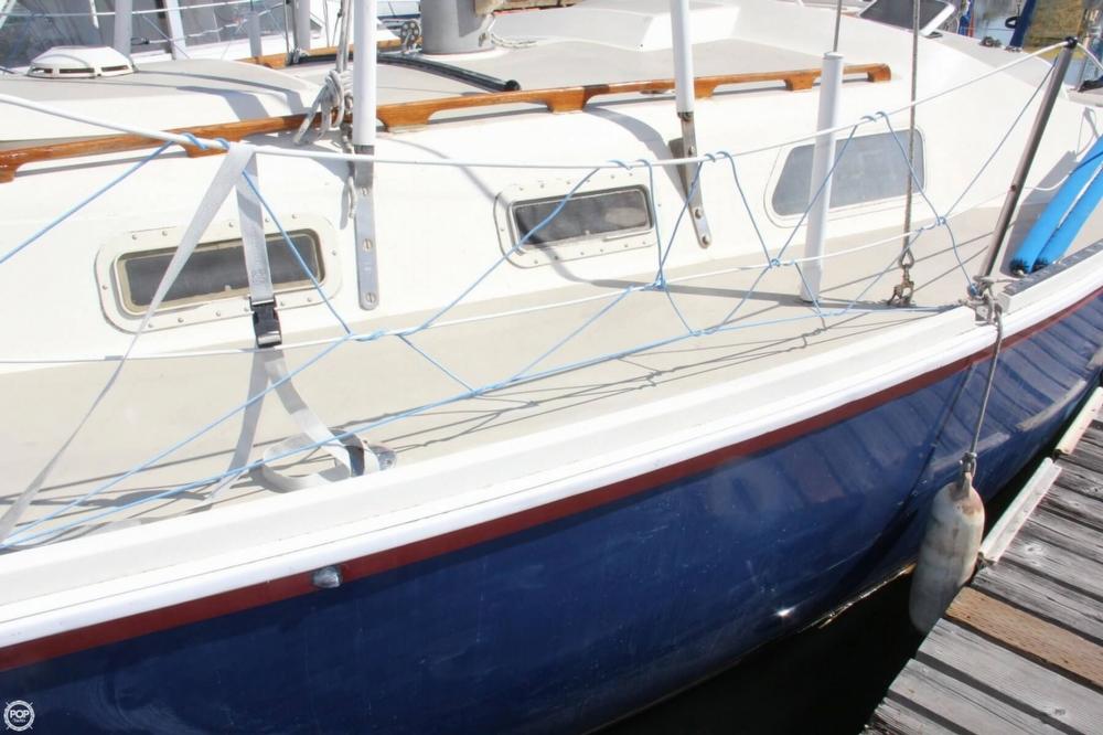 1974 Cal Yachts 30 - Photo #8
