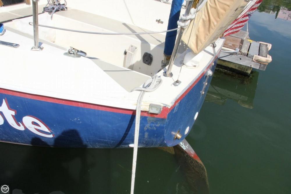 1974 Cal Yachts 30 - Photo #13