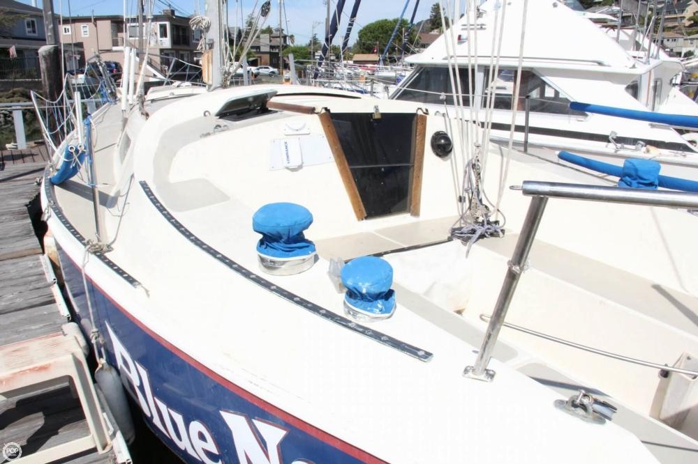 1974 Cal Yachts 30 - Photo #15