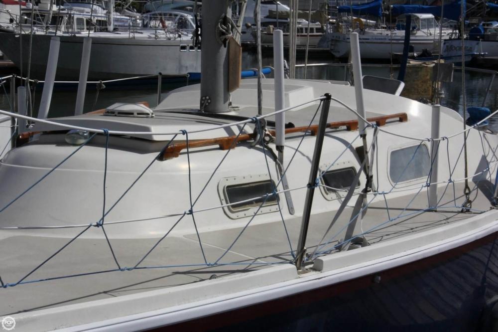 1974 Cal Yachts 30 - Photo #17