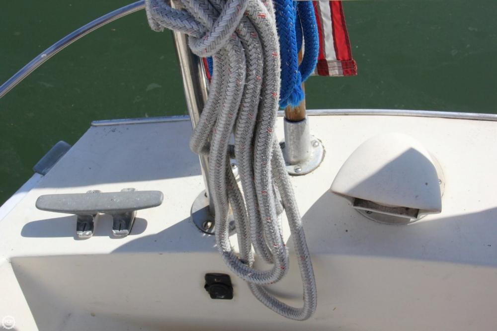 1974 Cal Yachts 30 - Photo #28