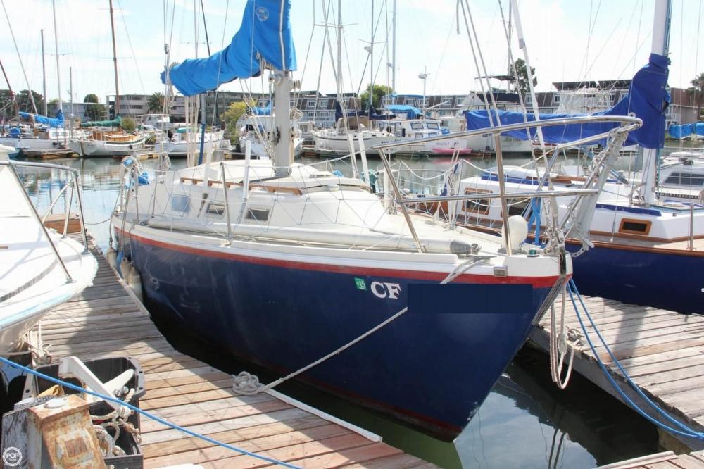 1974 Cal Yachts 30 - Photo #4