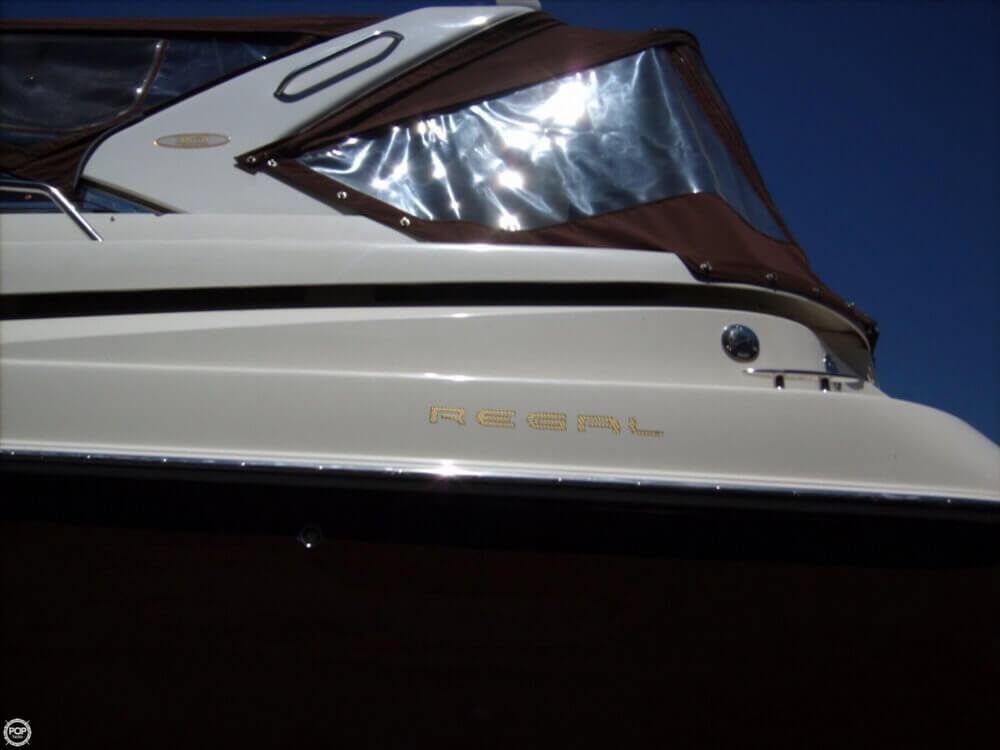 2002 Regal 3860 Commodore - Photo #37
