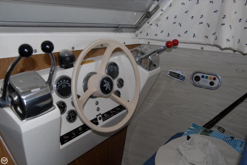 1974 Bertram 28 Flybridge Cruiser - Photo #22