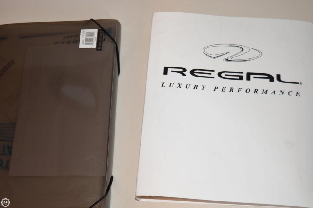 2005 Regal 2465 Commodore - Photo #17