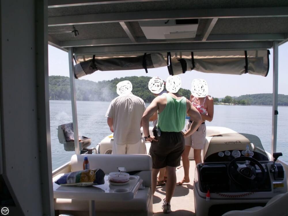 2007 Sun Tracker 30 Party Hut - Photo #14