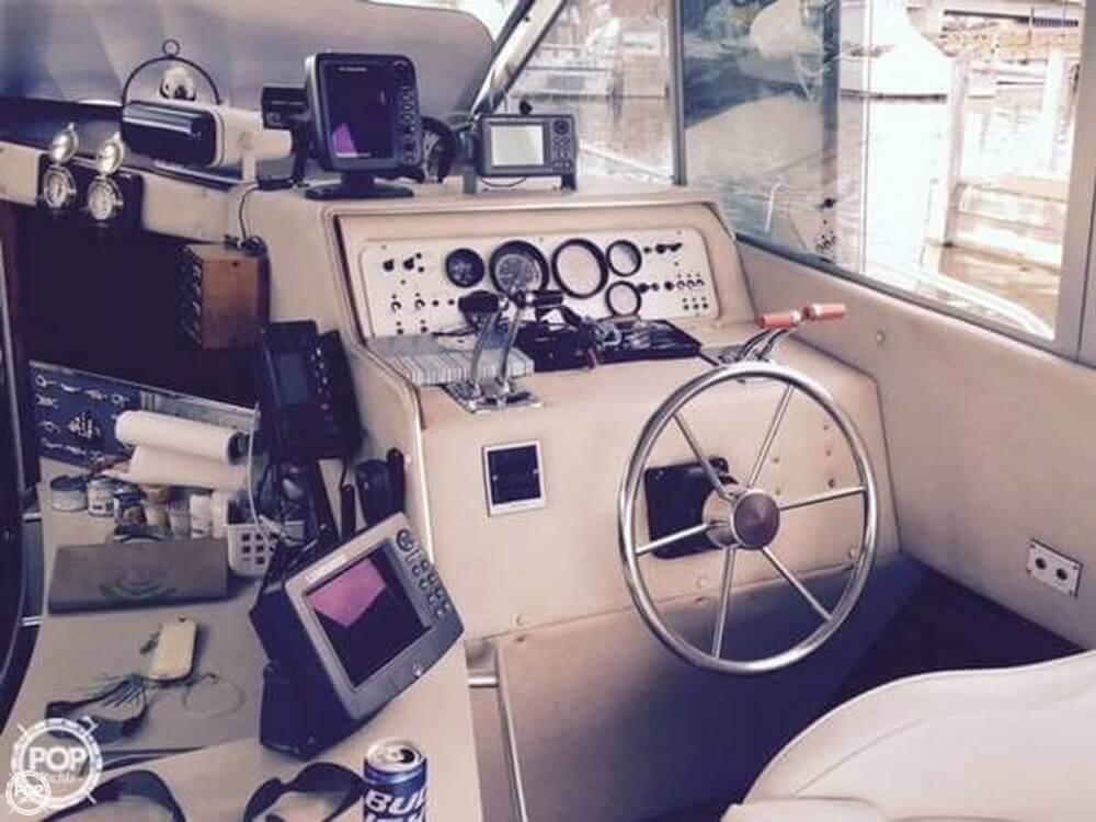 1985 Sea Ray 340 Sedan Bridge - Photo #9