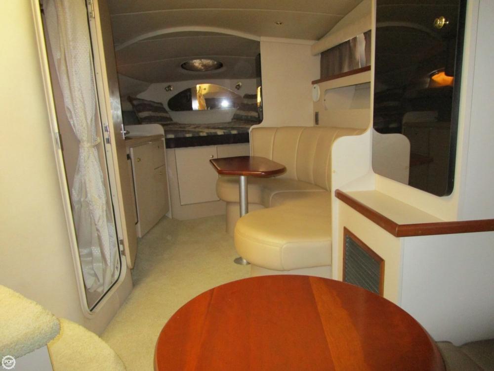 2000 Cruisers Yachts 3075 Express - Photo #10
