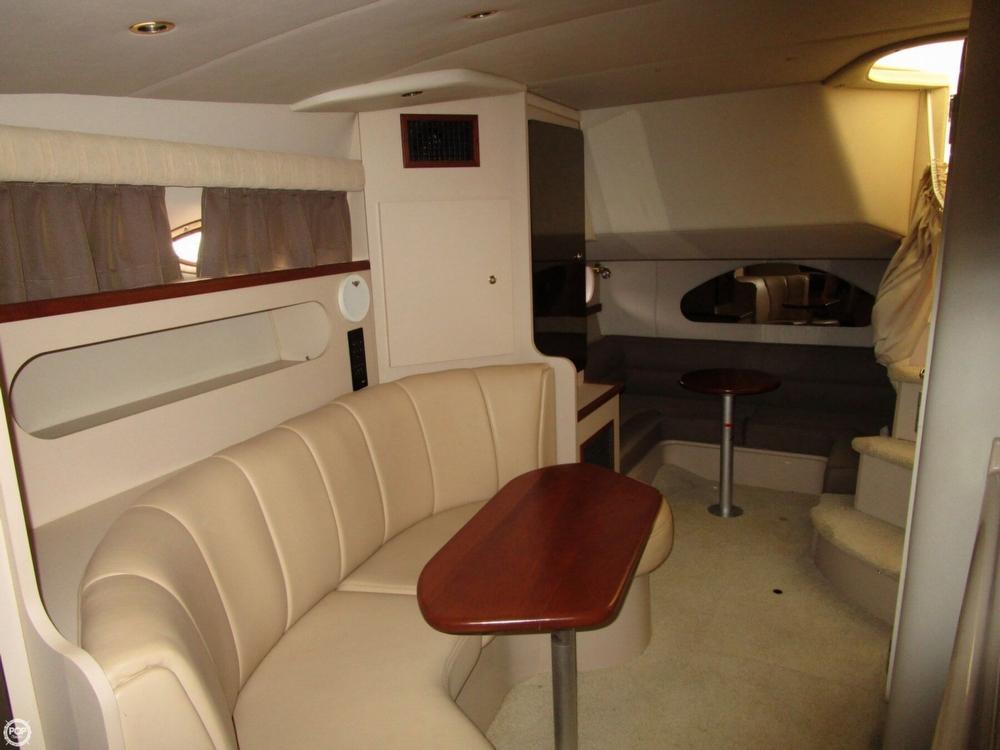 2000 Cruisers Yachts 3075 Express - Photo #13
