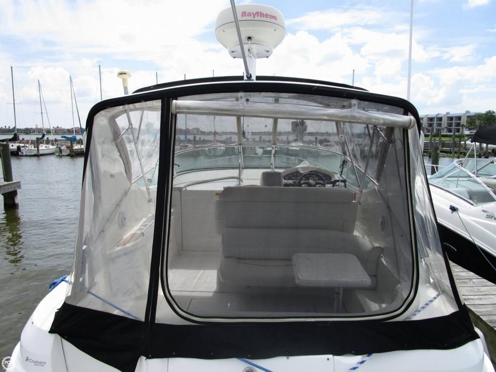 2000 Cruisers Yachts 3075 Express - Photo #17