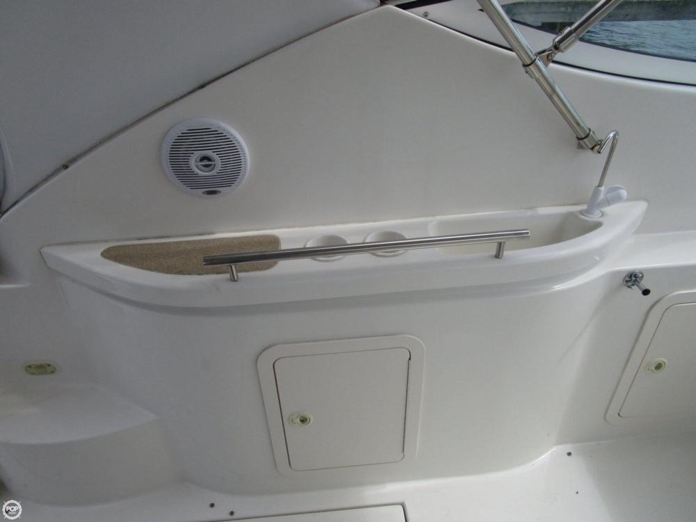2000 Cruisers Yachts 3075 Express - Photo #33