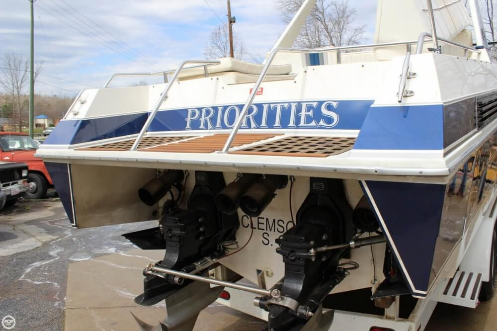 1986 Wellcraft boat for sale, model of the boat is 42 Excalibur Eagle & Image # 10 of 40