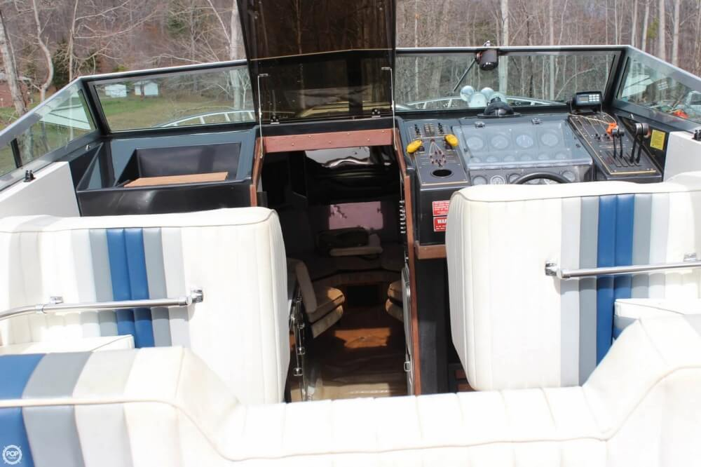 1986 Wellcraft boat for sale, model of the boat is 42 Excalibur Eagle & Image # 16 of 40