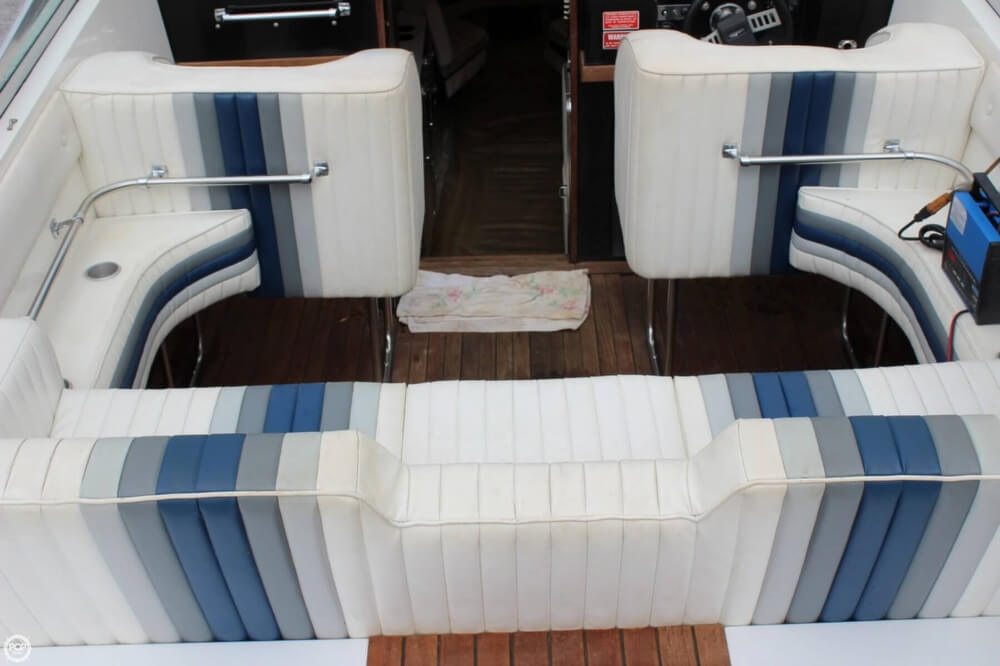 1986 Wellcraft boat for sale, model of the boat is 42 Excalibur Eagle & Image # 22 of 40