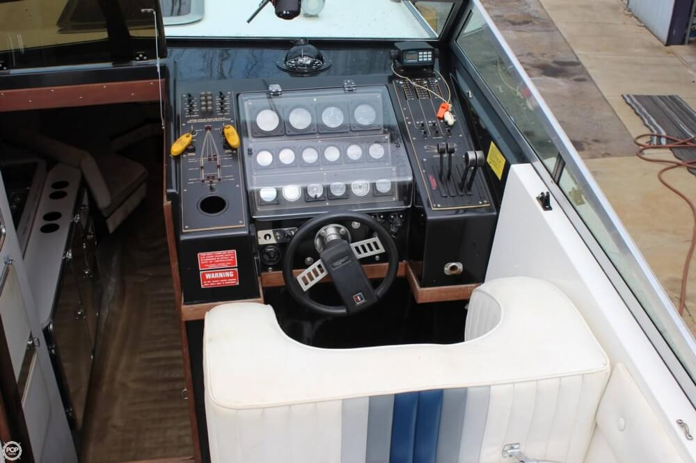 1986 Wellcraft boat for sale, model of the boat is 42 Excalibur Eagle & Image # 23 of 40