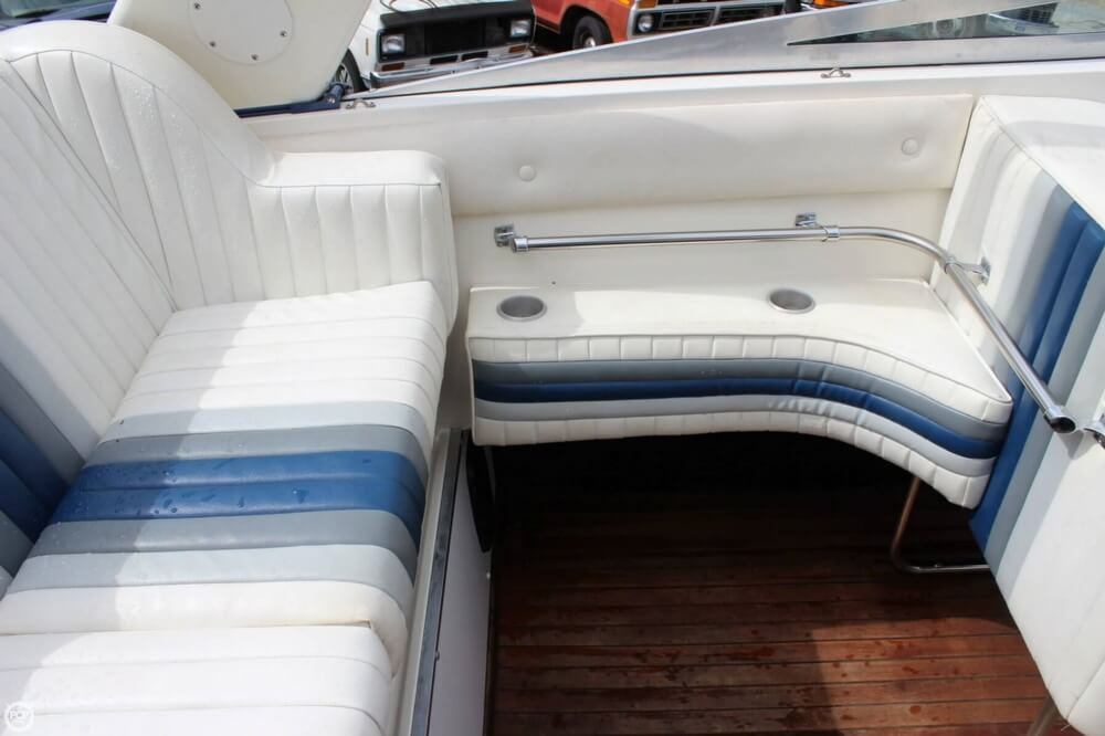 1986 Wellcraft boat for sale, model of the boat is 42 Excalibur Eagle & Image # 27 of 40