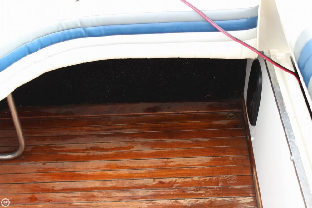 1986 Wellcraft boat for sale, model of the boat is 42 Excalibur Eagle & Image # 30 of 40