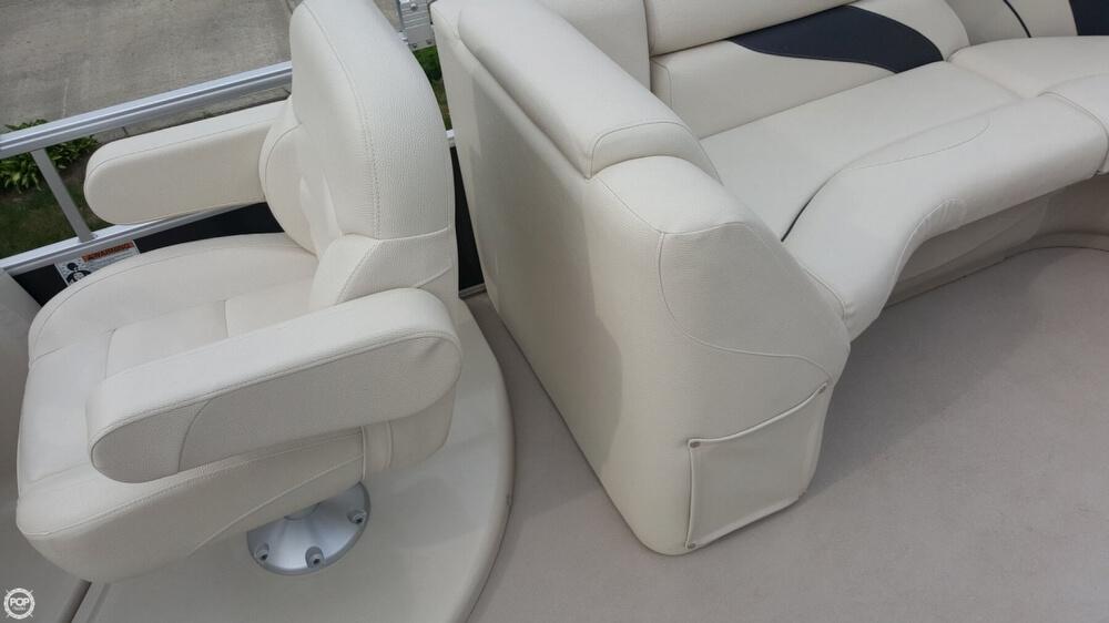 2014 Sunchaser 8522 Classic Cruise Lounger - Photo #4