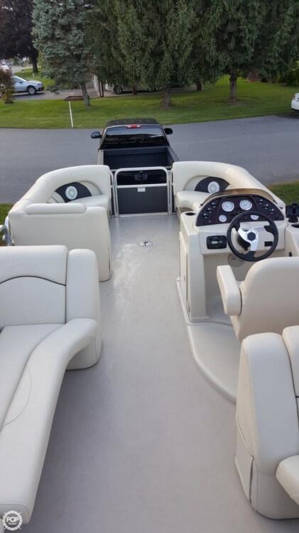 2014 Sunchaser 8522 Classic Cruise Lounger - Photo #11