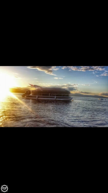 2014 Sunchaser 8522 Classic Cruise Lounger - Photo #16