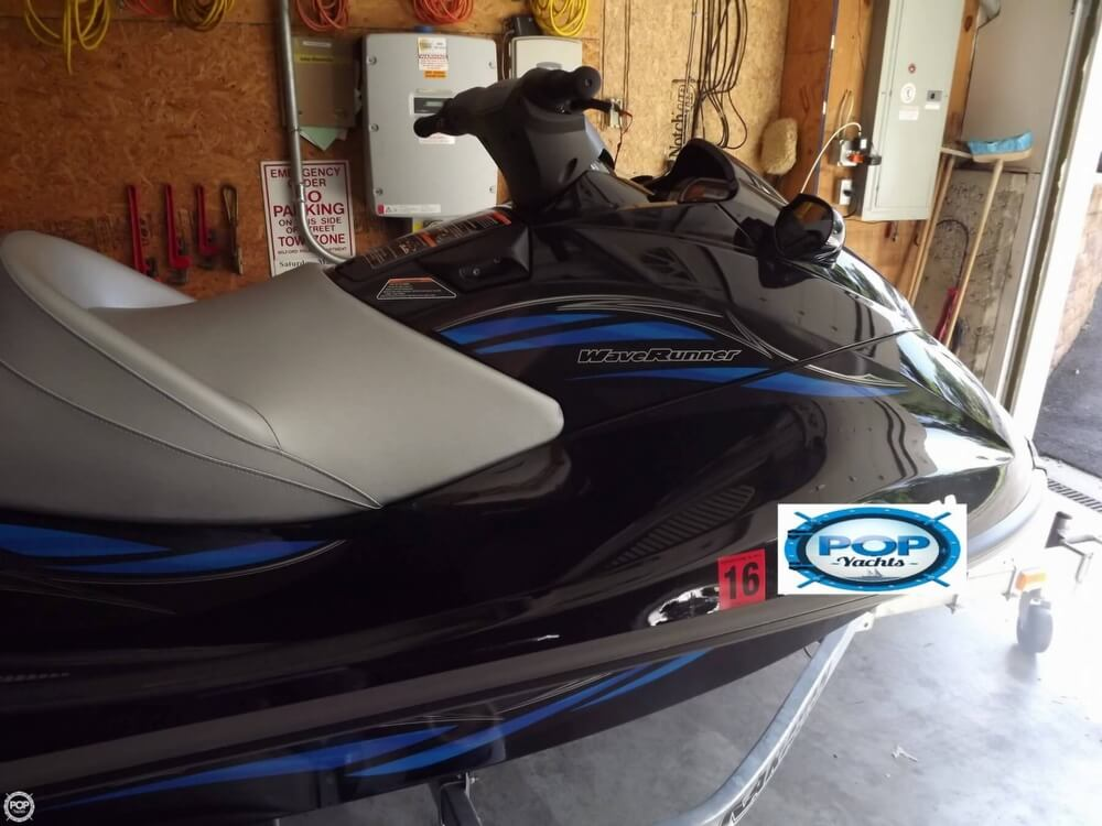 2014 Yamaha boat for sale, model of the boat is VX Cruiser & Image # 12 of 41
