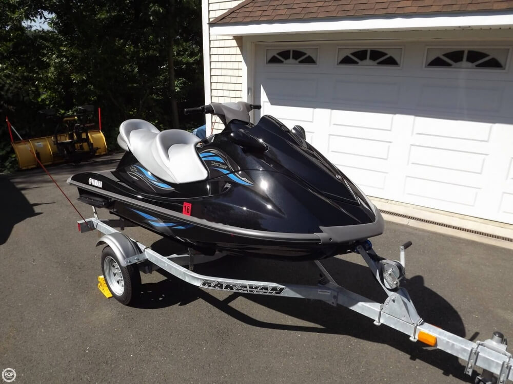 2014 Yamaha boat for sale, model of the boat is VX Cruiser & Image # 9 of 41