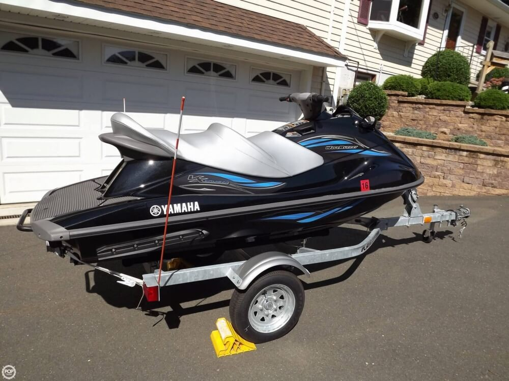 2014 Yamaha boat for sale, model of the boat is VX Cruiser & Image # 8 of 41