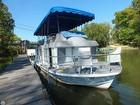 Classic Ohio River House Boat