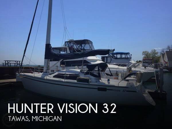 1990 Hunter Vision 32 - Photo #1