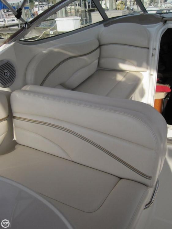 2004 Larson 240 Cabrio - Photo #20