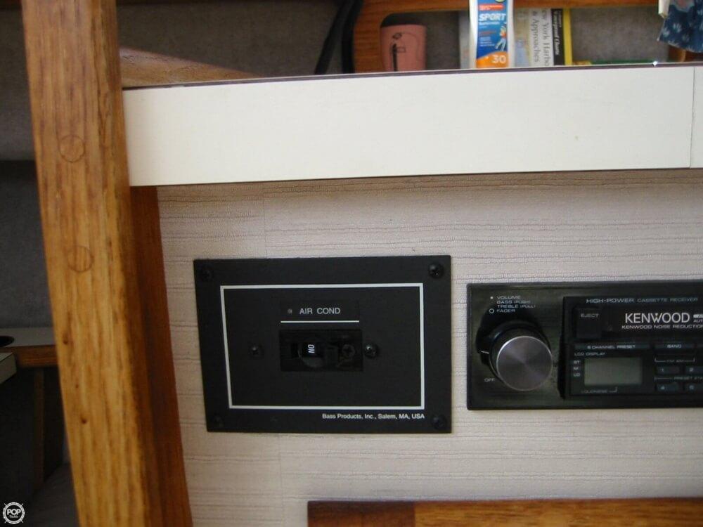 1987 Silverton 34 Convertible - Photo #20