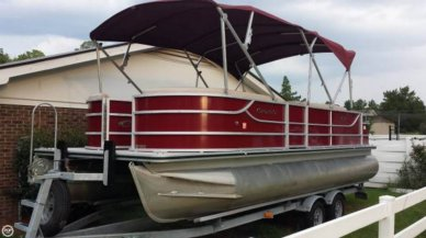 Crest II Fish 230SF, 23', for sale - $29,000