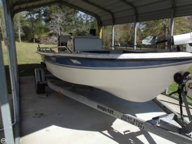 Kingfisher 19 Bay Fish, 19', for sale - $15,500