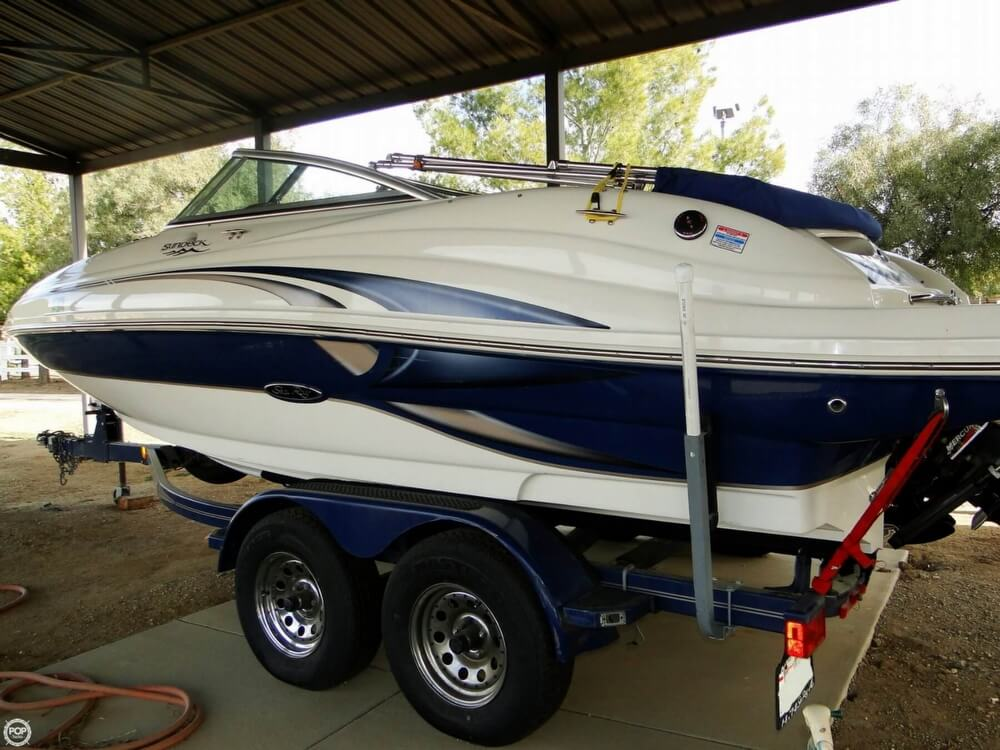 2004 Sea Ray 200 Sundeck - Photo #4