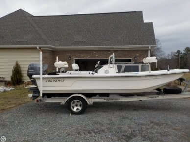 Sundance F19 Center Console, 19', for sale - $20,000