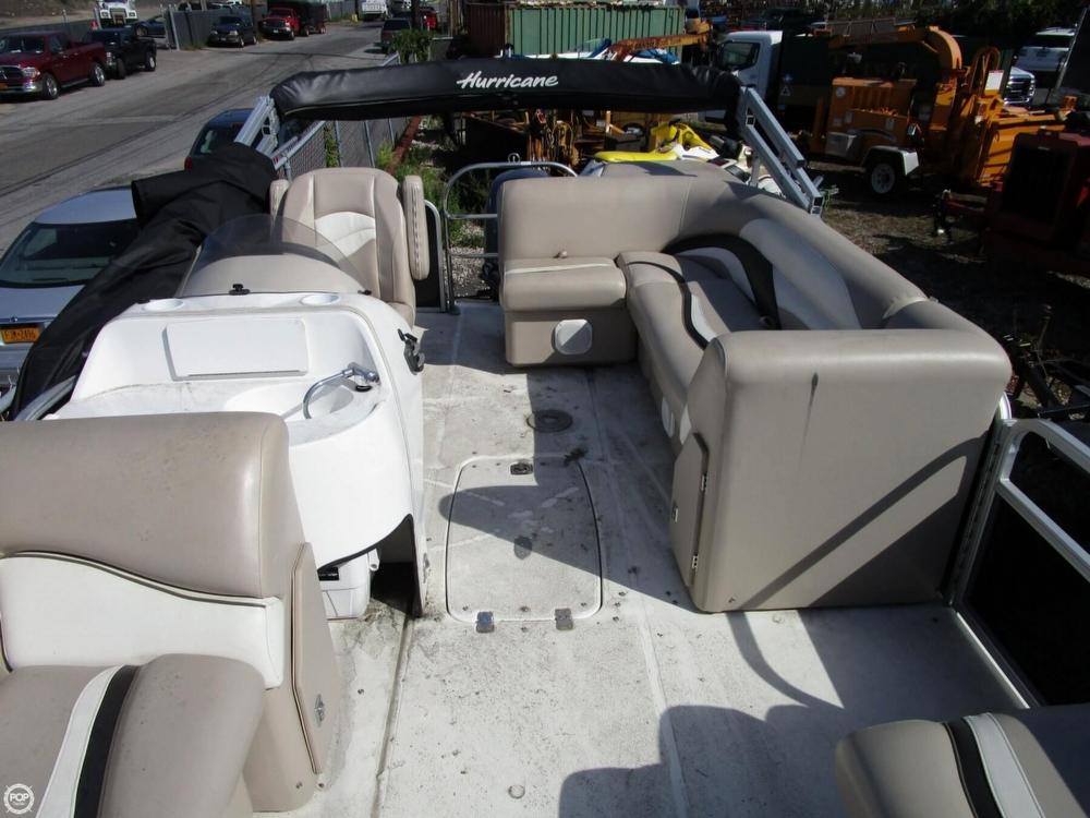 2011 Hurricane Fundeck 216 - Photo #21