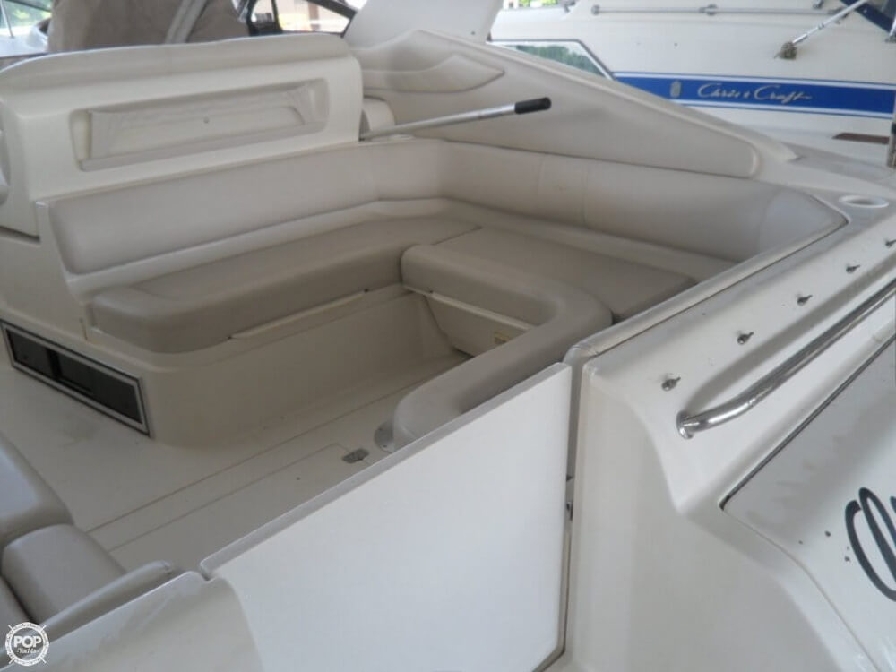 2002 Regal boat for sale, model of the boat is 3260 Commodore & Image # 23 of 40