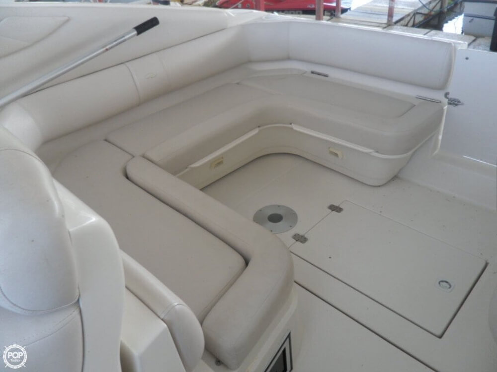 2002 Regal boat for sale, model of the boat is 3260 Commodore & Image # 25 of 40
