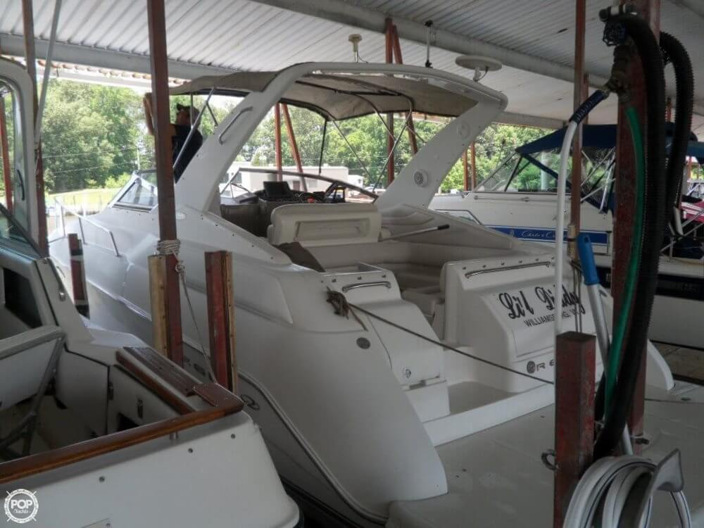 2002 Regal boat for sale, model of the boat is 3260 Commodore & Image # 37 of 40