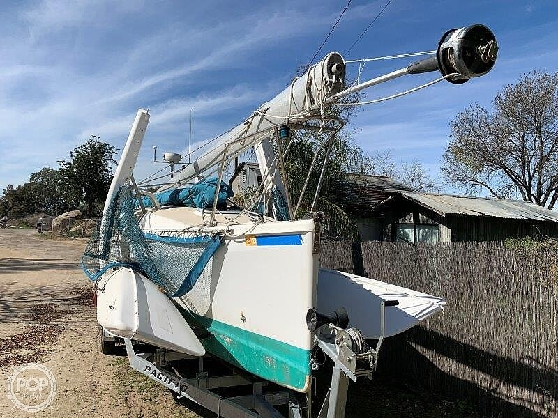 1999 Corsair Marine boat for sale, model of the boat is F31R & Image # 17 of 40
